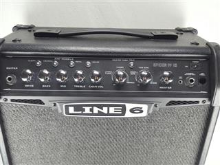 line 6 spider iv 15 15 watt guitar amp pb1006178. Black Bedroom Furniture Sets. Home Design Ideas